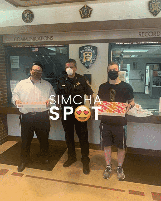 SimchaSpot Followers Take up Social Media Challenge, Thanking Police Officers for their Service 3